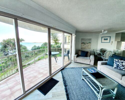 pandanus-shores-unit-6-caloundra-2
