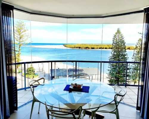 unit-10-apartment-caloundra-6