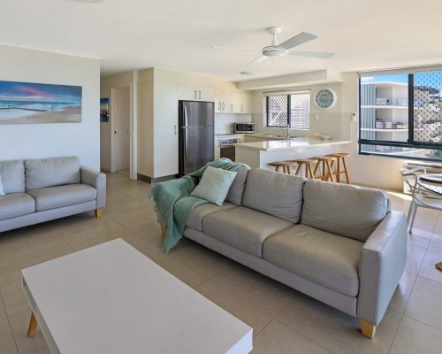 unit-10-caloundra-accommodation-2