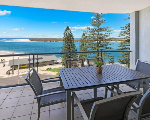 unit-10-caloundra-accommodation-3