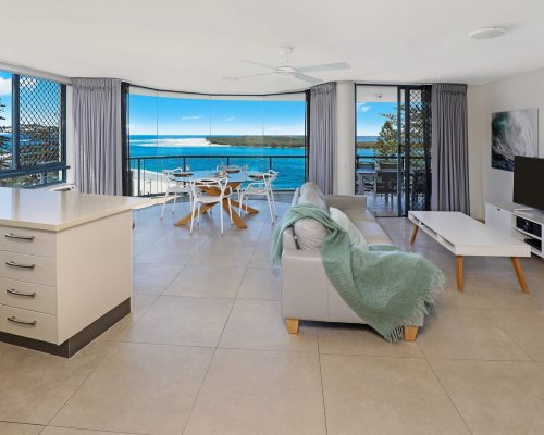 unit-10-caloundra-accommodation-8