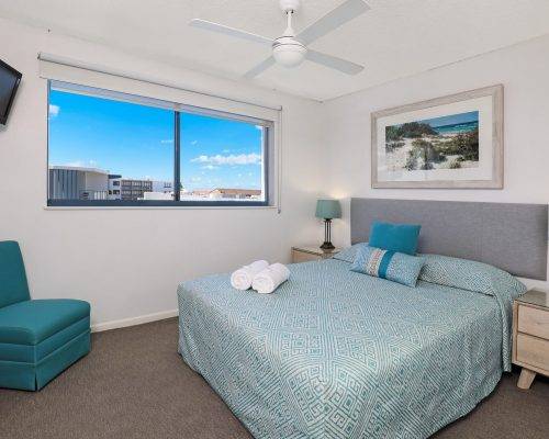 unit-12-caloundra-accommodation-2