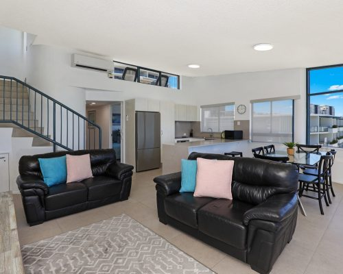 unit-12-caloundra-accommodation-4