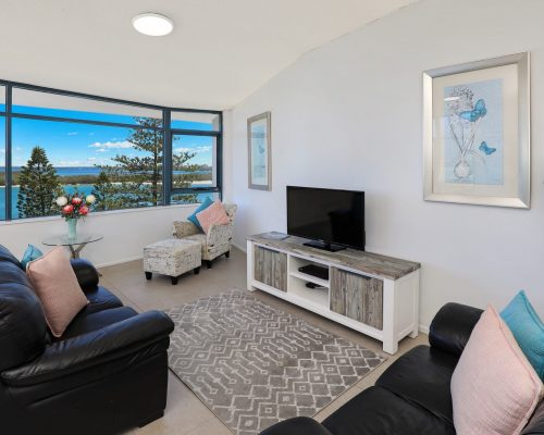 unit-12-caloundra-accommodation-6