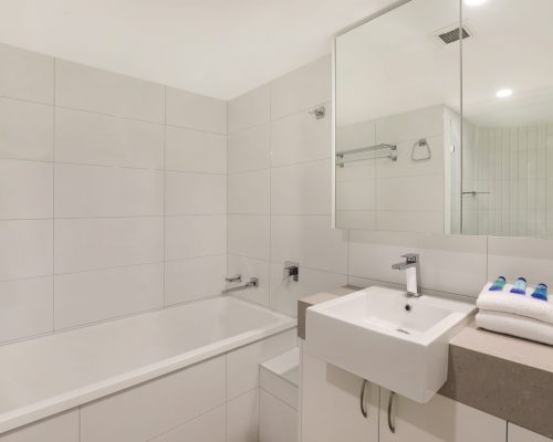 unit-12-caloundra-accommodation-8