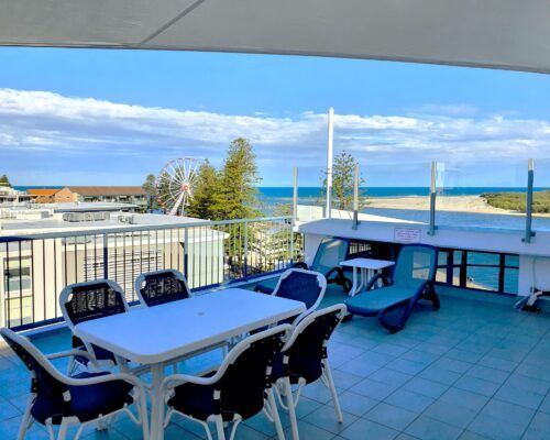 unit-12-caloundra-apartment-3