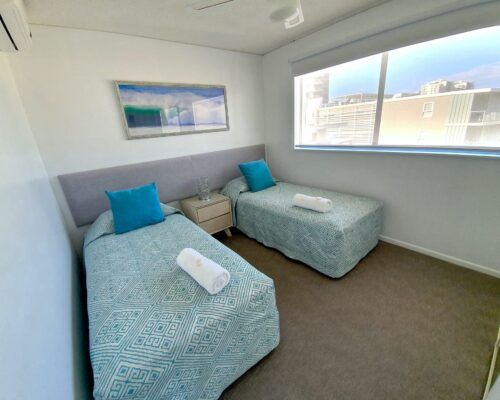 unit-12-caloundra-apartment-4