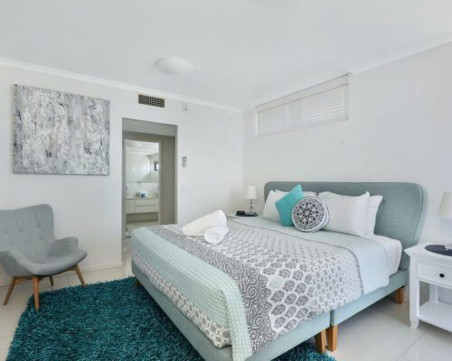 unit-13-kings-edge-caloundra-9
