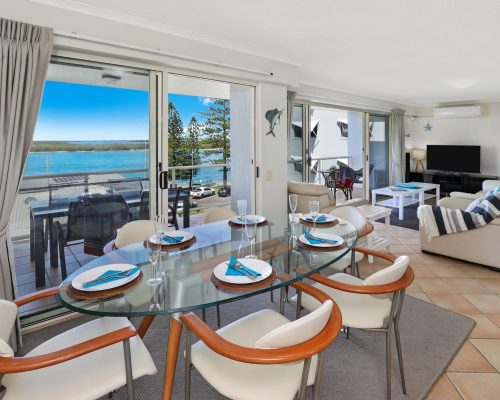 unit-14-caloundra-accommodation-10