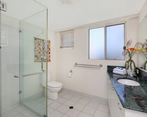 unit-14-caloundra-accommodation-4