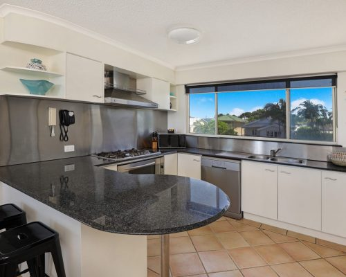 unit-14-caloundra-accommodation-6