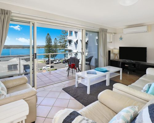 unit-14-caloundra-accommodation-7