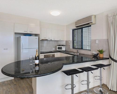 unit-2-caloundra-accommodation-1