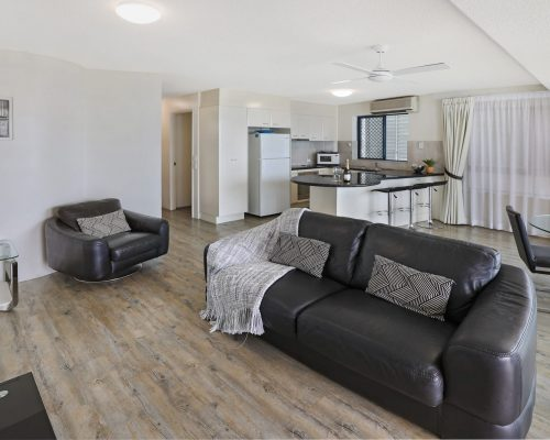 unit-2-caloundra-accommodation-11