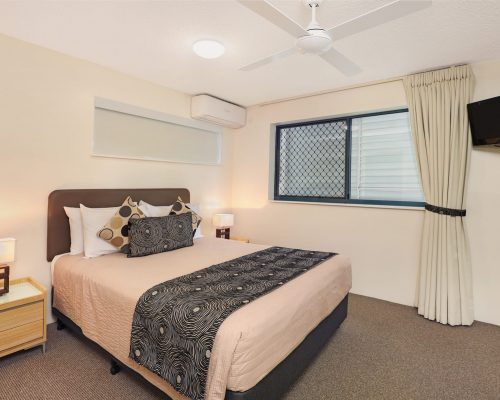 unit-2-caloundra-accommodation-9