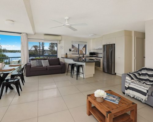 unit-3-caloundra-accommodation-7