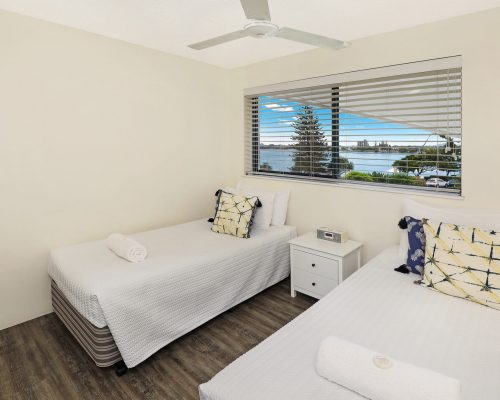 unit-3-caloundra-accommodation-9