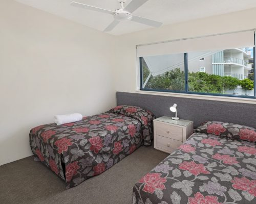 unit-4-caloundra-accommodation-2