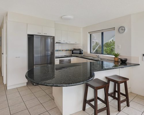 unit-4-caloundra-accommodation-3