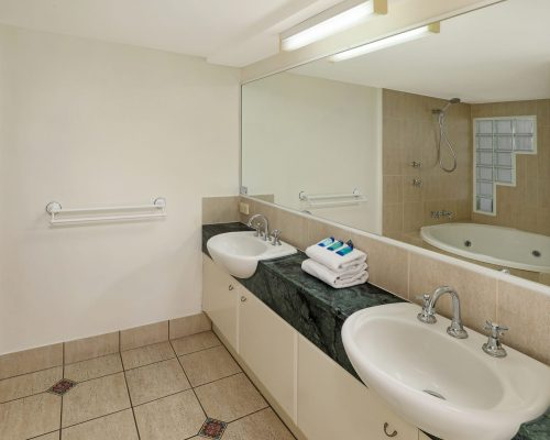unit-4-caloundra-accommodation-5