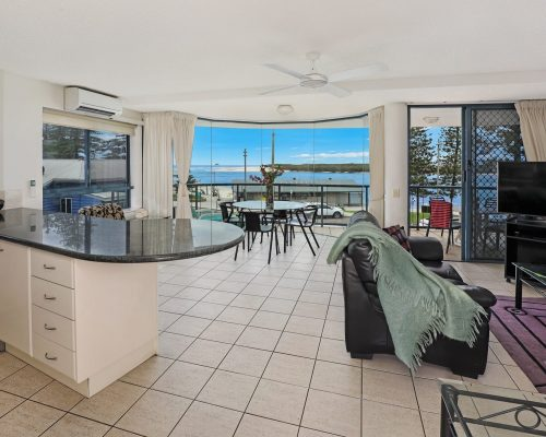 unit-4-caloundra-accommodation-7