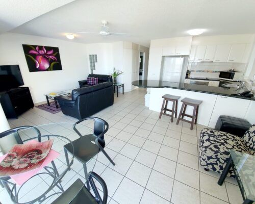 unit-4-caloundra-apartment-3