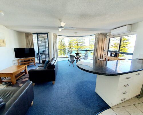 unit-5-apartment-caloundra-1