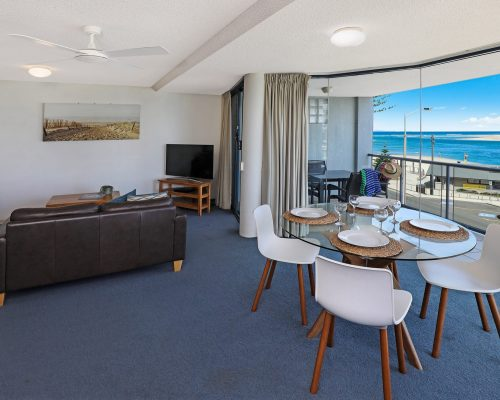 unit-5-caloundra-accommodation-9