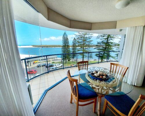 unit-8-apartment-caloundra-8