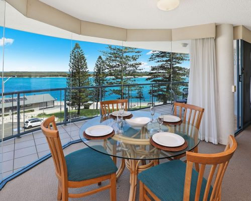 unit-8-caloundra-accommodation-10