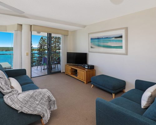 unit-8-caloundra-accommodation-4