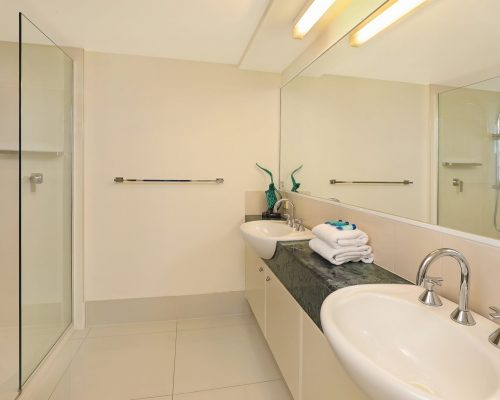 unit-8-caloundra-accommodation-6