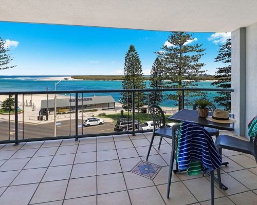 unit-8-caloundra-accommodation-9