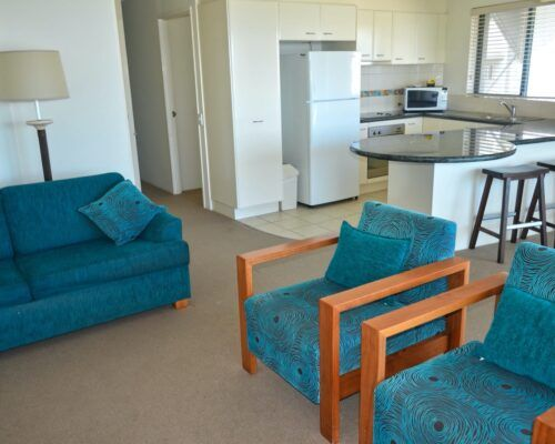 unit-8-caloundra-apartment-3