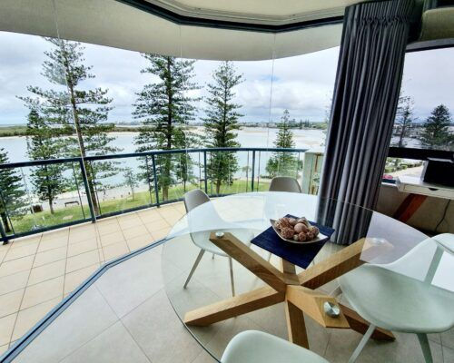 unit-9-apartment-caloundra-6