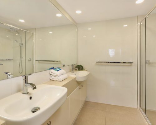unit-9-caloundra-accommodation-6